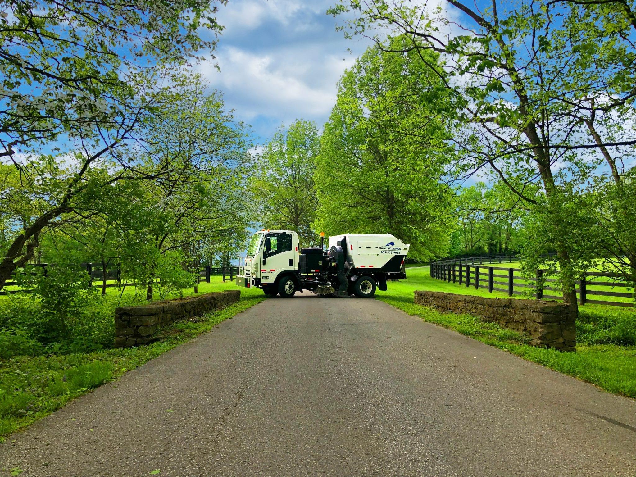 Lexington Kentucky Street Sweeper and Parking Lot Sweeping